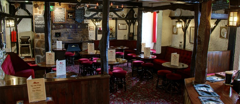 Traditional Old World Pub