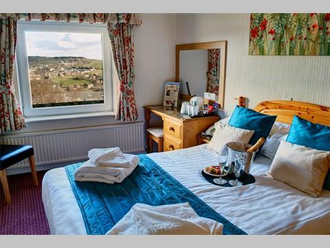 Relax in Comfort Room 9