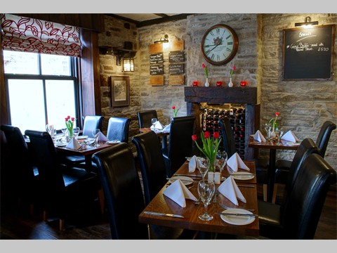 Traditional Sunday Lunch served 12-2.30